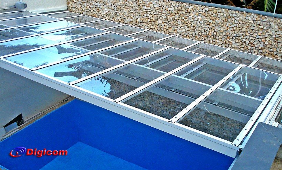 Piscina climatizada com cobertura retr til de for Cobertura piscina